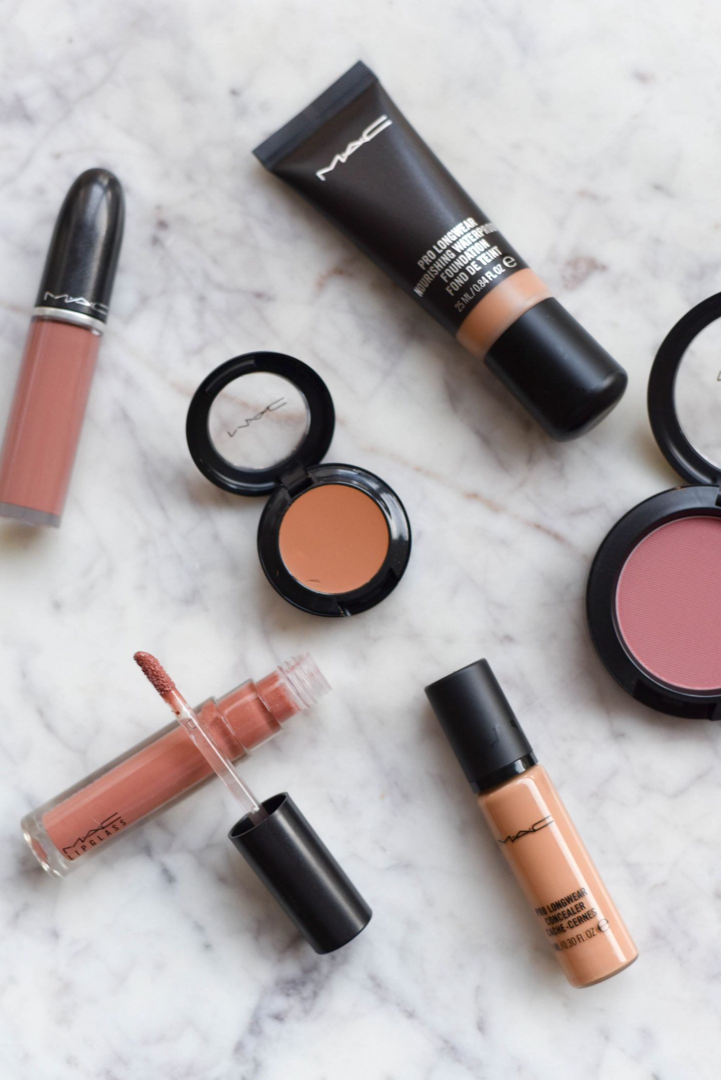 Vaak MAC Cosmetics: Must Haves For Spring - @RX39